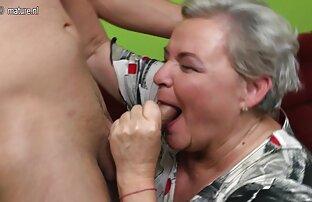 Masturbasi Solo di kamar mandi mom and son bokep video ( )