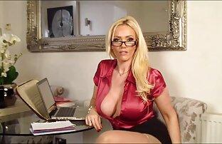 Big tits Estela Duare menggoda seorang pedagang tangan hitam bokep mom 3gp untuk menyenangkan nakal